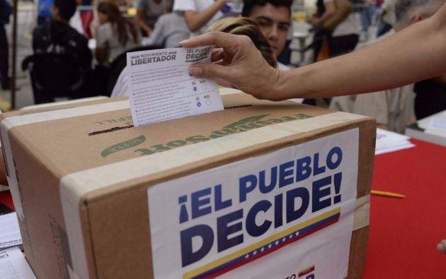 La propuesta fue hecha por el constituyente y exgobernador del céntrico estado Carabobo, Francisco Ameliach. Foto: AFP