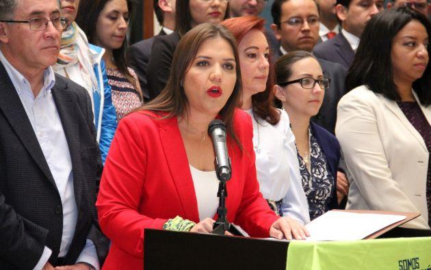 La Segunda Mandataria (e) manifestó que no se debía informar al secretario, sino directamente al Presidente, Lenín Moreno. Foto: Secom