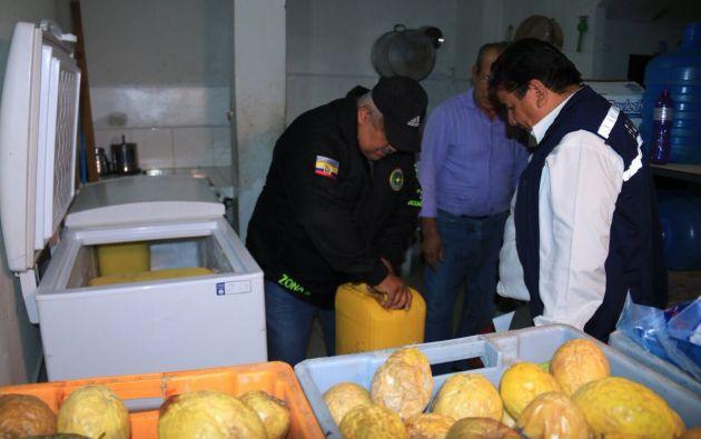 El ministro del Interior, César Navas, informó que se han inspeccionado más de 1.091 locales comerciales, de los cuales, 24 han sido clausurados. Foto: Min. Interior