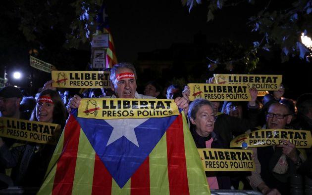 Los políticos son sospechosos de sedición y rebelión por el proceso que condujo a la proclamación de la independencia el 27 de octubre, en el parlamento. Foto: Reuters