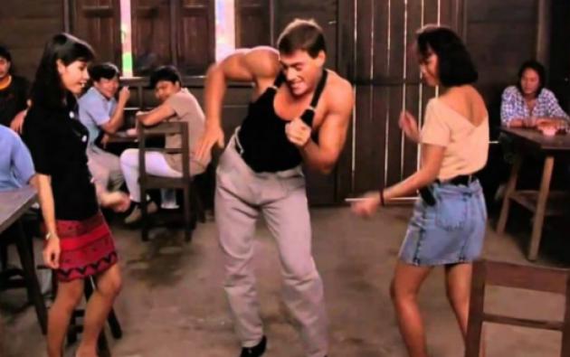 Durante el programa, Jean-Claude Van Damme demostró que aún domina las artes marciales pero también que conserva el ritmo para bailar. Foto: Internet
