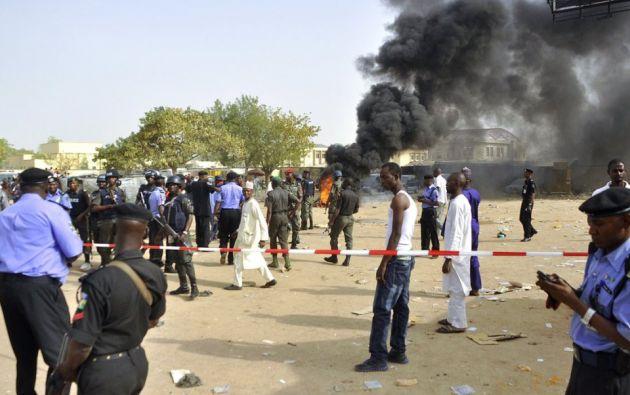 """El kamikaze """"se mezcló entre los fieles"""" para entrar en la mezquita y """"activó sus explosivos"""" durante la oración. Foto: @anadoluagency"""
