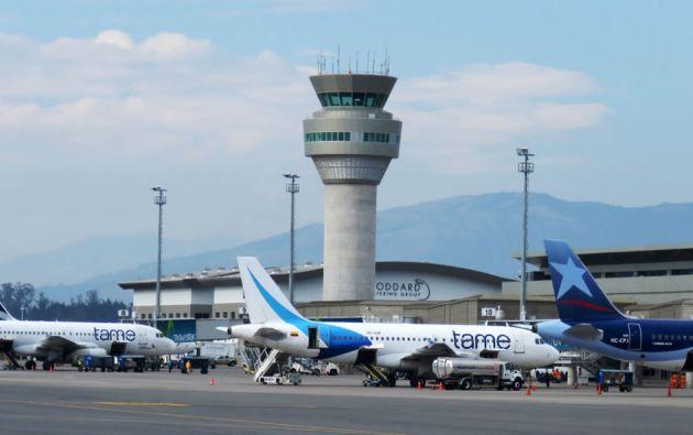 Entre enero y octubre de este año la aerolínea ha transportado a 97.463 pasajeros hasta el aeropuerto de Baltra. Foto: archivo