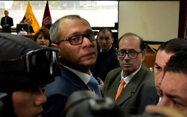 La solicitud se hace luego de que el exsecretario jurídico de la Presidencia de Correa, Alexis Mera, mencionó en varias ocasiones al exgobernante durante la comparecencia. Foto: AFP