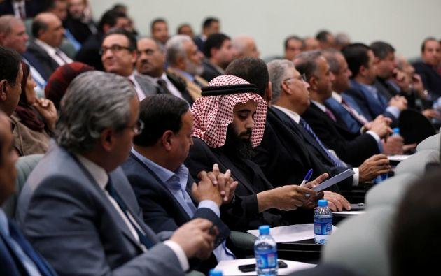 Miembros del parlamento jordano durante una reunión de emergencia para discutir el anuncio de los EE.UU. Foto: Reuters