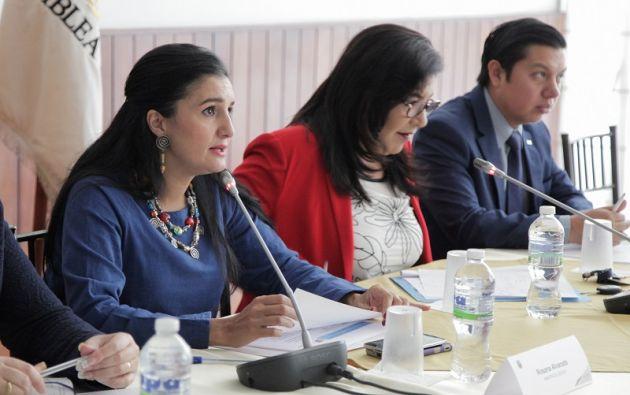 Alvarado explicó a la Comisión Aampetra las acciones que se llevan a cabo en los casos de abuso sexual en las entidades educativas. Foto: Asamblea