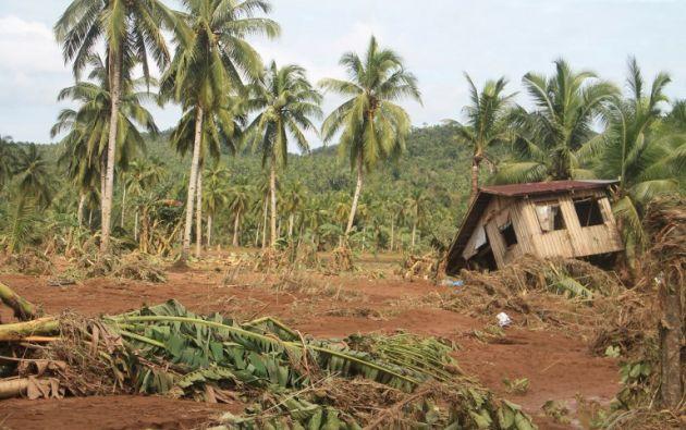 Al menos 26 personas murieron en los deslizamientos de tierra provocados por la tormenta tropical Kai-Tak en Filipinas, informaron las autoridades el domingo. Foto: AFP