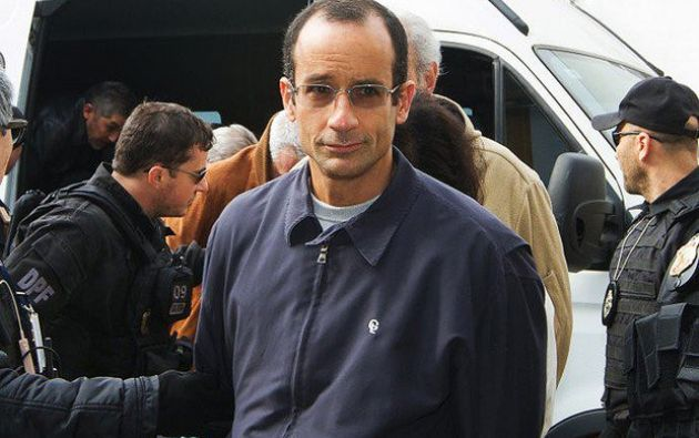 Odebrecht, de 49 años, cuyas confesiones hacen tambalear a varios gobiernos en América Latina, fue trasladado en un automóvil 4x4 de color negro, con escolta. Foto: Twitter
