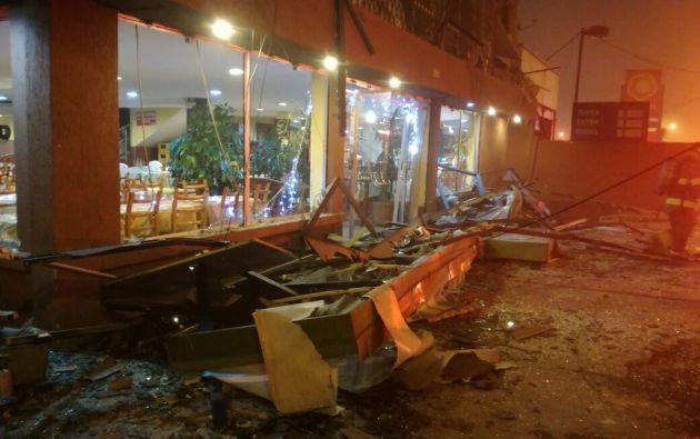 Según información de CBQ parte de la estructura se vio afectada en el primer y segundo piso. Foto: @FreddyBarros