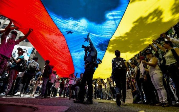 La mayoría de las 273 agresiones se produjo durante las protestas contra el presidente Nicolás Maduro, que dejaron 125 muertos entre abril y julio. Foto: Internet