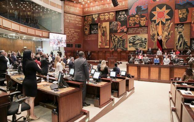 En el documento se incorporó la exigencia que el CNE en campaña electoral, distribuya equitativamente el pautaje en los medios de comunicación. Foto: Asamblea