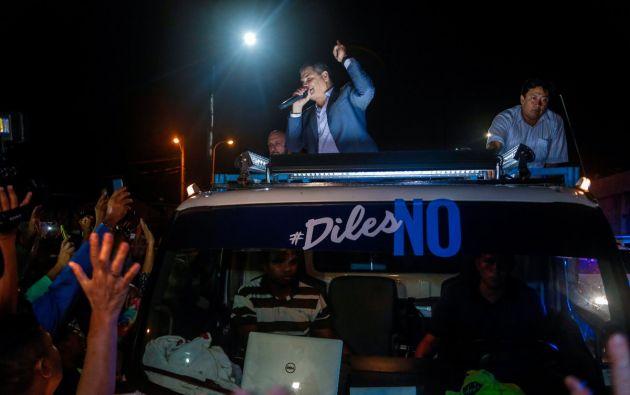 """Se prevé que el exgobernante acuda a un barrio popular de Guayaquil para efectuar un recorrido con sus simpatizantes y hacer un """"puerta a puerta"""". Foto: Twitter"""