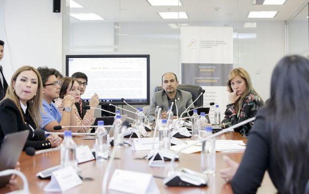 La mesa legislativa consideró  los textos recomendados como un complemento para mejorar el cuerpo legal. Foto: Asamblea