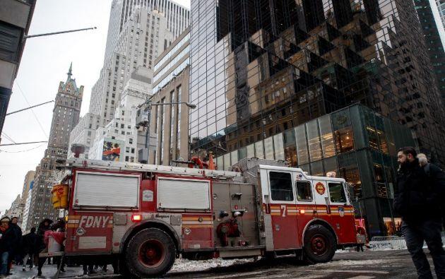 El fuego comenzó en el sistema de ventilación y calefacción del edificio poco antes de las 07h00 local. Foto: AFP