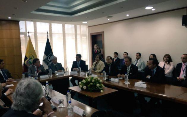 La Contraloría dio a conocer que serán 11 los veedores que acompañarán a la auditoría de la deuda externa. Foto: