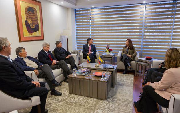 Santos congeló la reanudación de los diálogos con el Ejército de Liberación Nacional (ELN) el miércoles en la capital ecuatoriana. Foto: Cancillería Ecuador