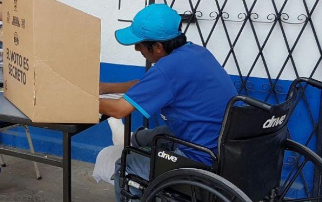 Las personas con discapacidad que deseen inscribirse en la campaña deben registrarse vía telefónica. Foto: El Ciudadano