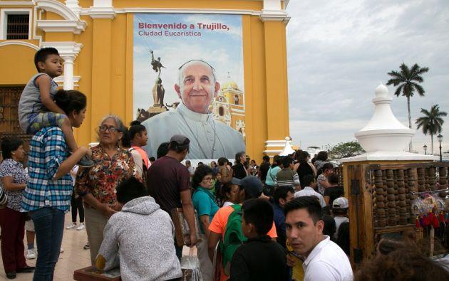 El pontífice argentino llegará a Lima el jueves para una visita de tres días, que comenzó el lunes en Chile. Foto: Reuters