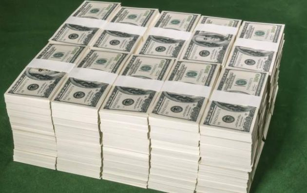 """La vida útil de los billetes en Ecuador """"es mucho menor que en Estados Unidos""""."""