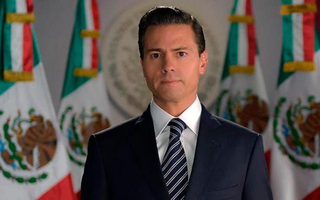MÉXICO D.F., México.- El presidente mexicano presentó sus condolencias a los familiares de las víctimas. Foto: La Jornada.