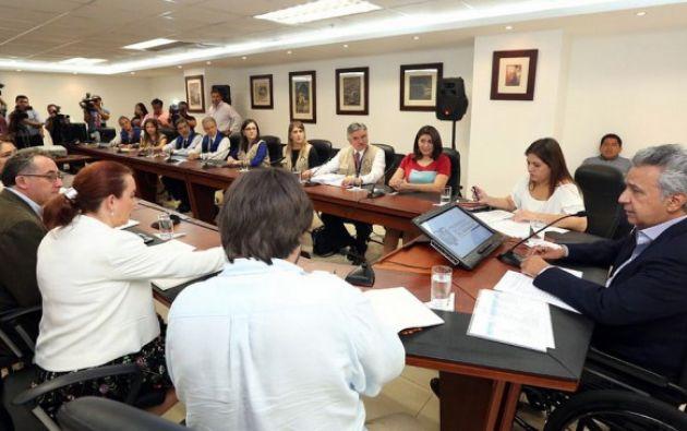 Roberto Conde, jefe de la misión de Unasur, indicó que, por su parte, serán 30 integrantes los que van a estar desplegados en seis provincias