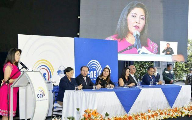 """Nubia Villaís, presidenta del CNE, insistió en que """"el poder radica en el pueblo y su voluntad es el fundamento de la autoridad"""". Foto: CNE"""