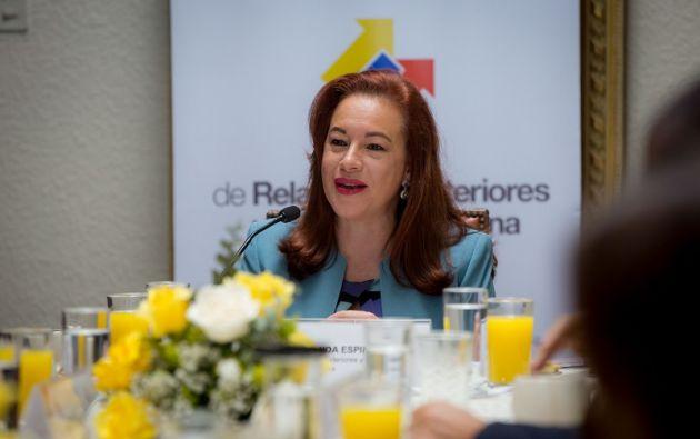 """""""Todavía la puerta no esta cerrada"""" en Venezuela, y que """"si el Ecuador puede cumplir un papel de interlocutor amigable, lo hará con mucho gusto"""", respondió Espinosa. Foto: Cancillería"""