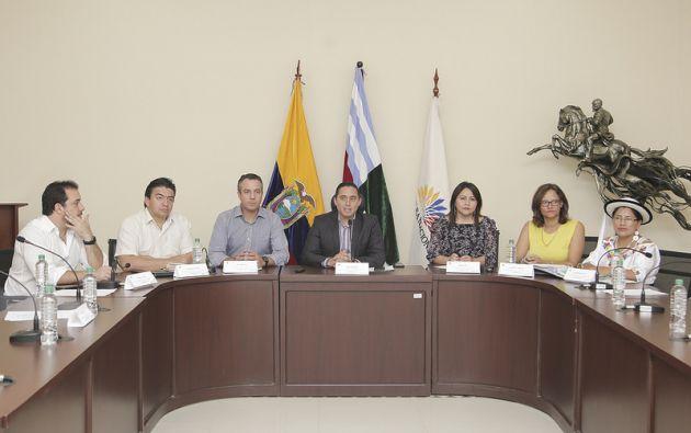La comisión viajará el lunes a las provincias de Azuay y Cañar para continuar recibiendo las propuestas ciudadanas. Foto: Asamblea
