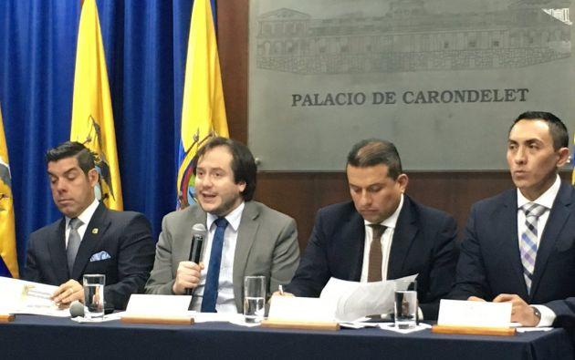 """""""Llegaremos a tener 22 ministerios que garanticen la prestación óptima de servicios ciudadanos"""" manifestó Etzon Romo."""