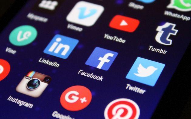 Si el usuario lo autoriza, Facebook puede también ir a buscar informaciones en los sitios internet que consulta mientras está conectado a la red social. Foto: Pixabay