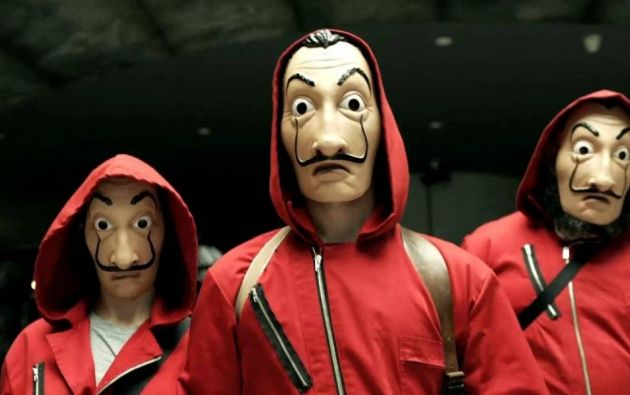 """La banda de atracadores actuaba con máscaras de la serie española """"La casa de Papel"""". Foto tomada de Internet"""