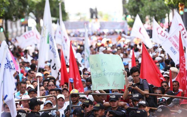La protección de los derechos de los trabajadores, una convivencia pacífica y la defensa de la soberanía nacional fueron las consignas en las diferentes movilizaciones. Foto: Vicepresidencia