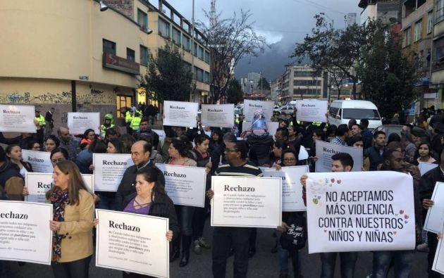 Manifestación de rechazo por el caso de tortura y violación de una niña de tres años en Bogotá.