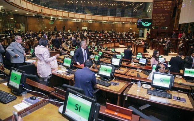 Según el Legislativo, con esta normativa más jóvenes podrán ingresar al sistema de educación superior. Foto: Asamblea