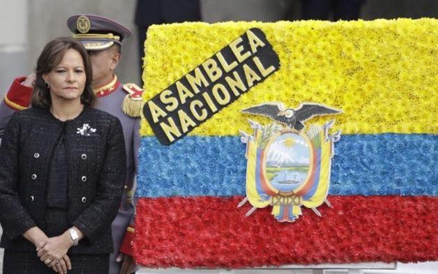 """""""Todo esto junto es lo que la corrupción le ha quitado al Ecuador y esto duele e indigna muchísimo"""", aseguró Cabezas. Foto: Asamblea"""