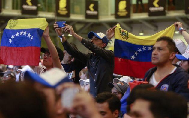 las votaciones del domingo que dejaron como finalistas al derechista Iván Duque (39,1%) y al exguerrillero Gustavo Petro (25%). Foto: AFP