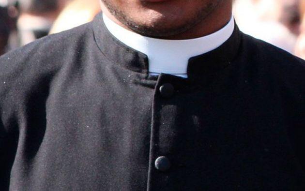 El padre César C., denunciado por abuso sexual a menores de edad, fue suspendido. Foto: Pixabay