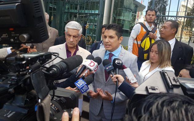 Balda reiteró su llamado al Contralor para que continuen las investigaciones. Foto: @fernandobalda