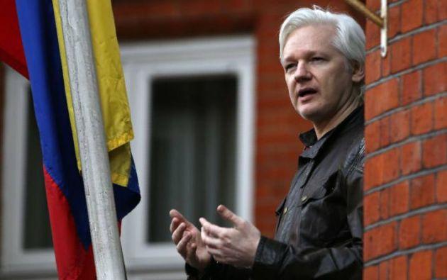 Se estima que las autoridades británicas han gastado unos 24 millones de euros en la vigilancia de la embajada. Foto: archivo AFP