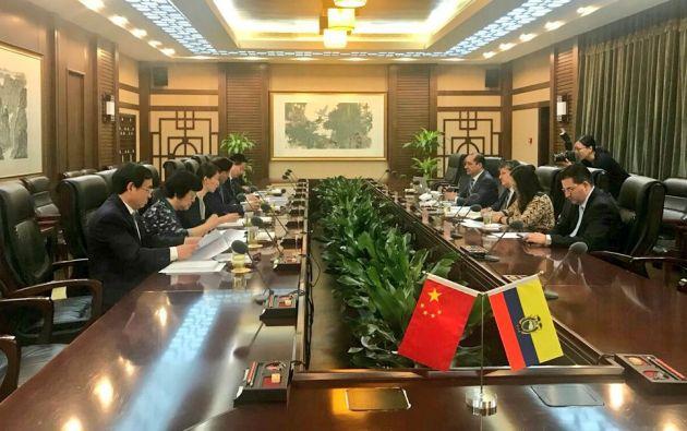 Flores, que participó en Pekín en el Congreso Internacional del Bambú y el Ratán, aprovechó su estancia para reunirse con altos funcionarios del Ministerio chino de Agricultura.