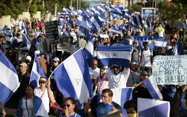 Los manifestantes exigen la renuncia de Ortega, exguerrillero izquierdista de 72 años. Foto: AFP