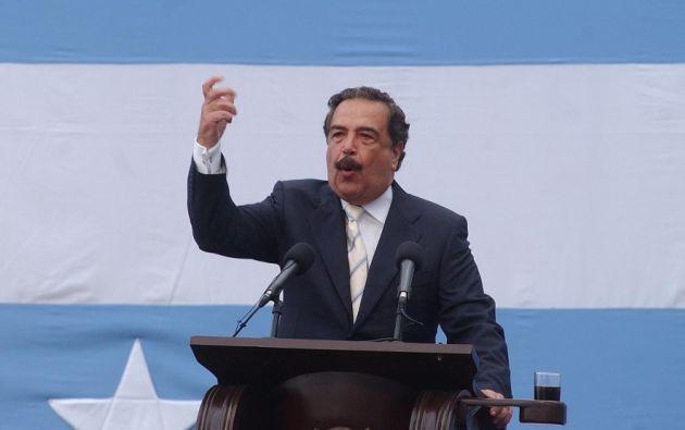 """""""No voten por candidatos que quieran implementar modelos fracasados"""", sostiene Nebot. Foto: archivo Andes"""