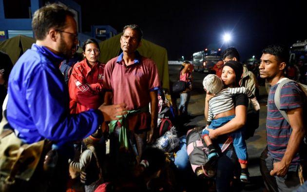 """""""Los funcionarios (ecuatorianos) nos engañaron"""", dijo Audrey Mojica, una venezolana de 25 años. Foto: AFP"""