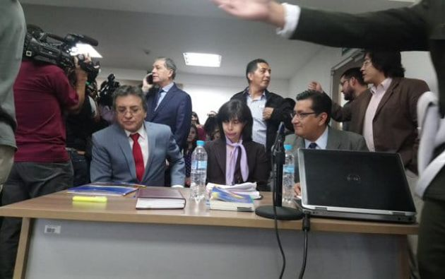 """Benavides reiteró que con el nuevo acuerdo emitido por Cancillería """"están limitando la sentencia"""" de la jueza. Foto: Twitter Defensoría del Pueblo"""