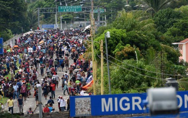 Se trata de cerca de 4.000 hondureños que salieron en caravana el sábado pasado. Foto: AFP