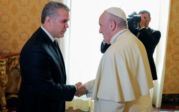 Se trata de la primera audiencia que el pontífice concede al presidente de Colombia. Foto: AFP