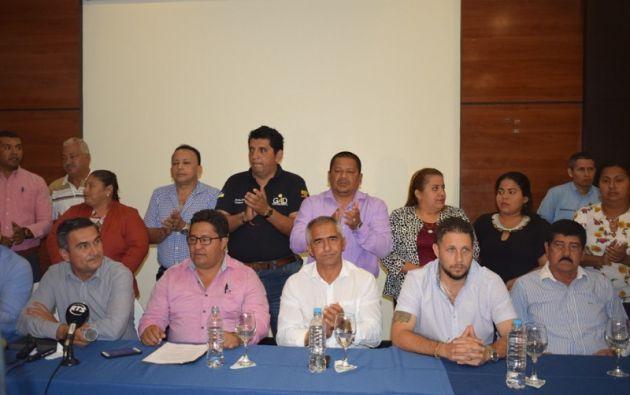 Las autoridades pidieron a Cevallos que aceptara la candidatura. Foto: Cortesía