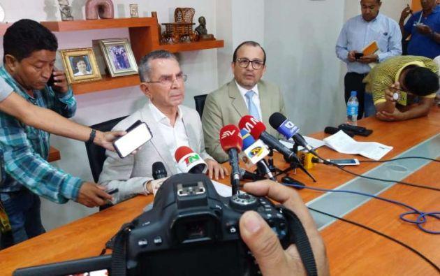 "ECUADOR.- Según Zambrano, la resolución está ""excedida legalmente"", debió resolverse en 180 días. Foto: Karen Cevallos/Ecuavisa"