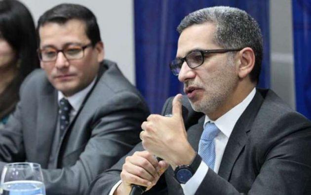 ECUADOR.- Fiscalía investiga por este delito a Fernando Alvarado (d), quien está prófugo de la Justicia. Foto: El Telégrafo
