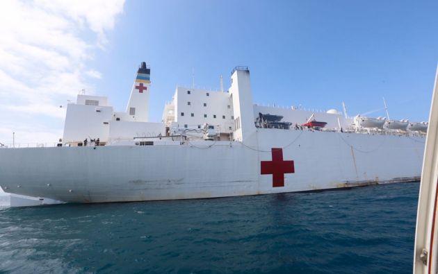El hospital-navío continuará su viaje a puertos de Perú, Colombia y Honduras. Foto: Ministerio de Defensa.